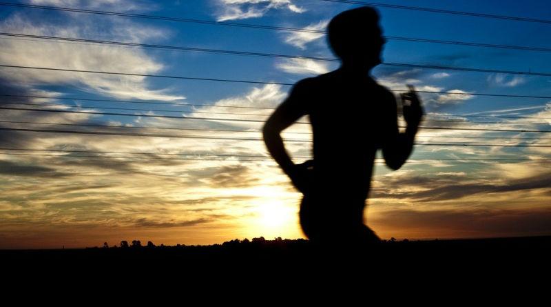 """Expulsado de un club de running por decir que """"se iba a correr"""""""
