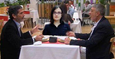 Toño Sobrino y su novio televisivo adoptan a la tuitera Cassandra
