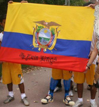 Los Latin Kings denuncian racismo por prohibírseles participar en la Entrada de Bandas