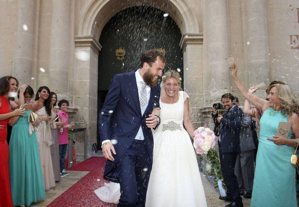 Las Hogueras en TVE: la novia alicantina