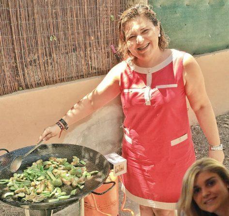 Eva Ortiz se apunta a una paella en casa de Bonig