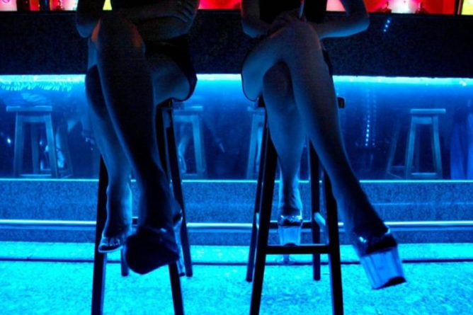 Dos trabajadoras del prostíbulo de Alicante donde ocurrieron los hechos