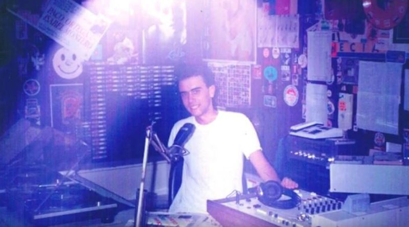 Echávarri dimisión: volverá a pinchar música si es forzado a renunciar a la Alcaldía