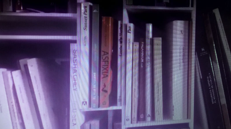 Libros de la biblioteca de Risto Mejide en los vídeos de À Punt