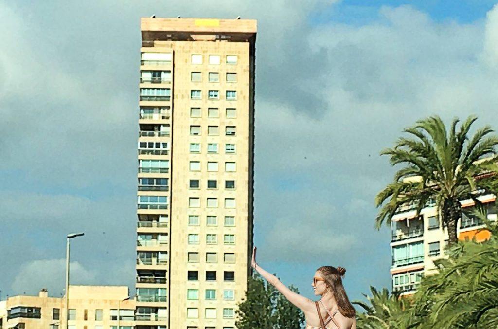 Edificio Alicante inclinado Canalejas